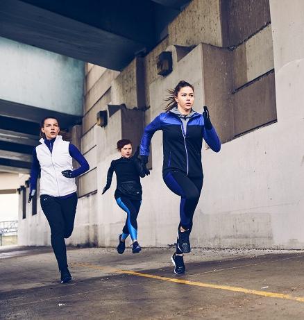 Girls_running