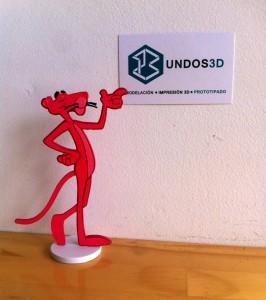 La pantera rosa impresa en 3D, un pedido realizado por una gran fan de la caricatura.