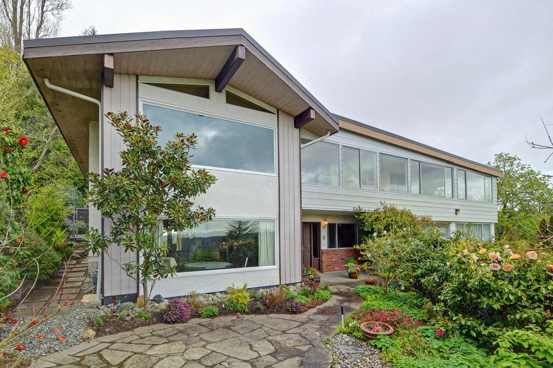 Other for Sale at 2497 Sinclair Rd British Columbia, Canada