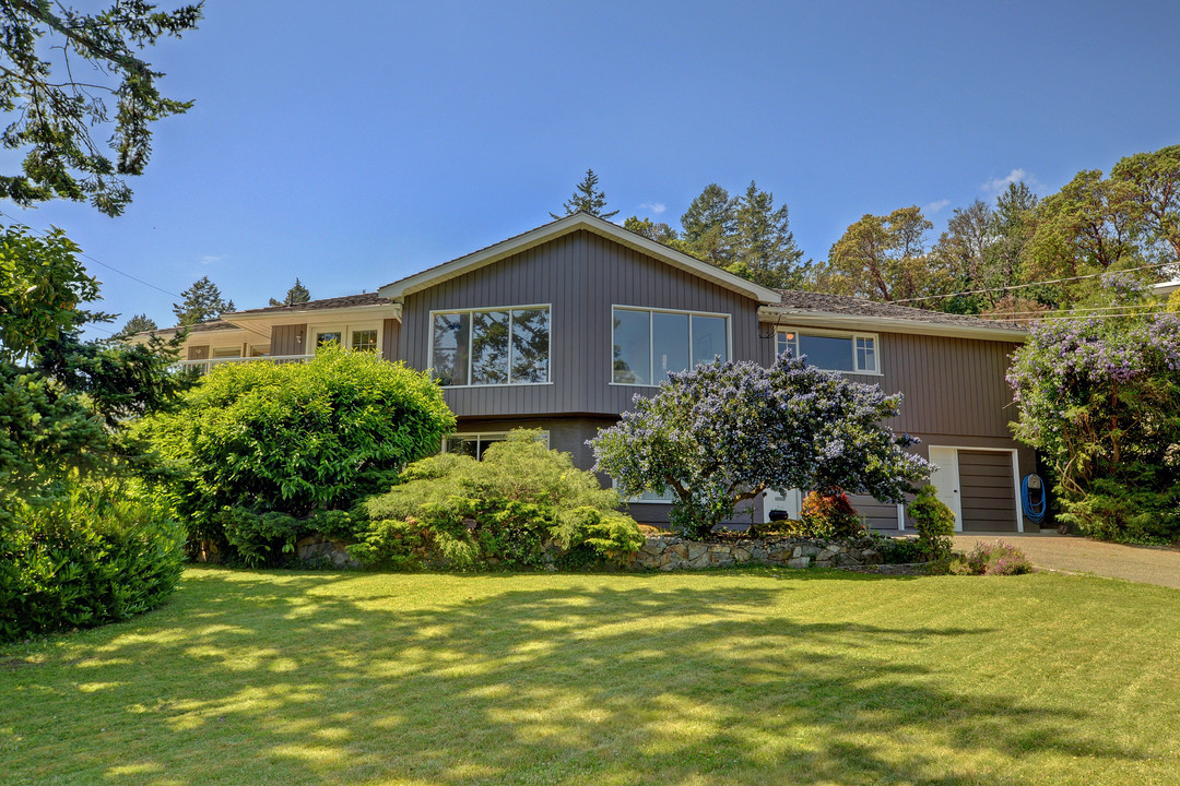 Other for Sale at 4032 HOLLYDENE Pl British Columbia, Canada