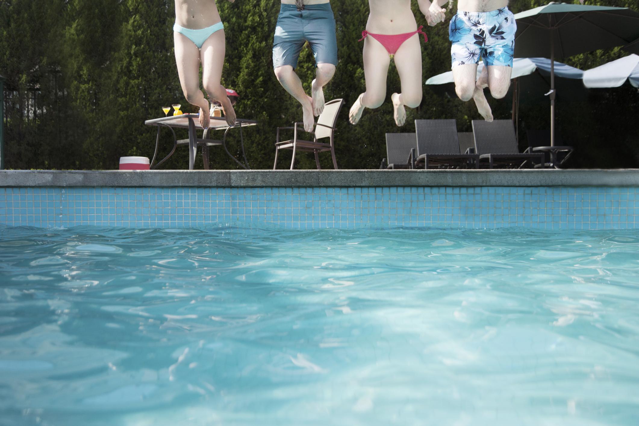 Diez conjuntos para una Pool Party