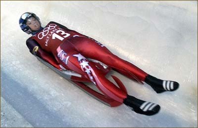 Bobsled skeleton luge explained for Interieur bobsleigh