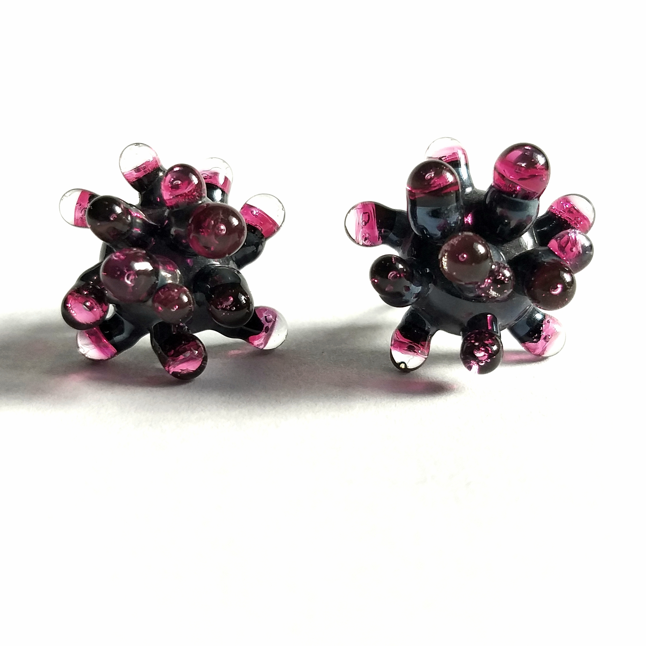 Grey and Fuchsia Anemone Earrings by Cecilia Lopez-Bravo