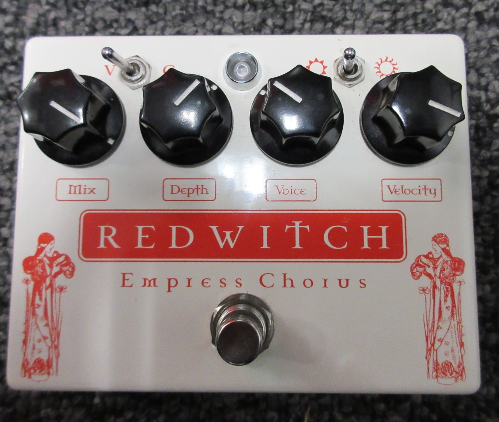 Red Witch - Empress Chorus
