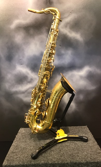 Buescher - Top Hat and Cane Vintage Tenor Saxophone