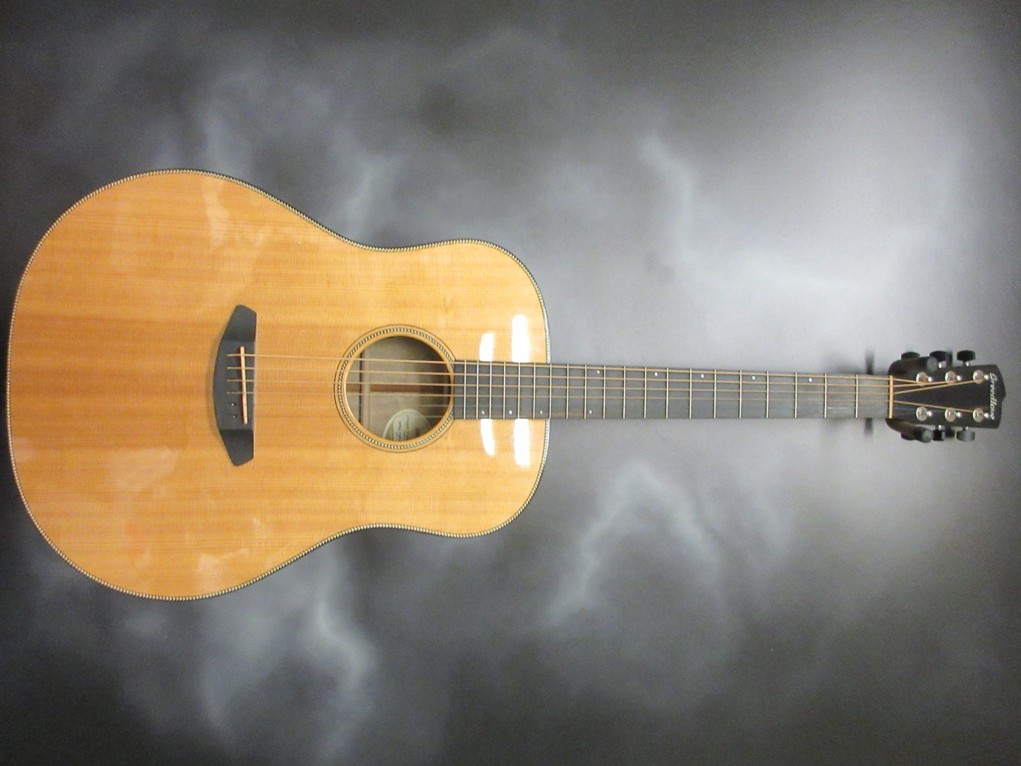 Breedlove - Oregon Dreadnought