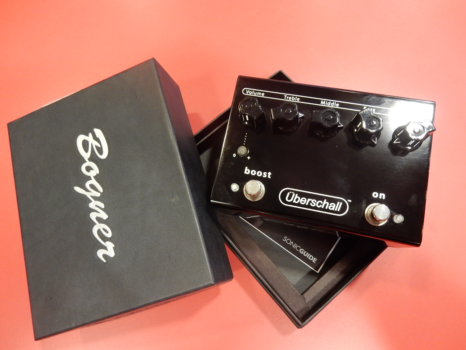 Bogner - Uberschall Distortion Pedal in box