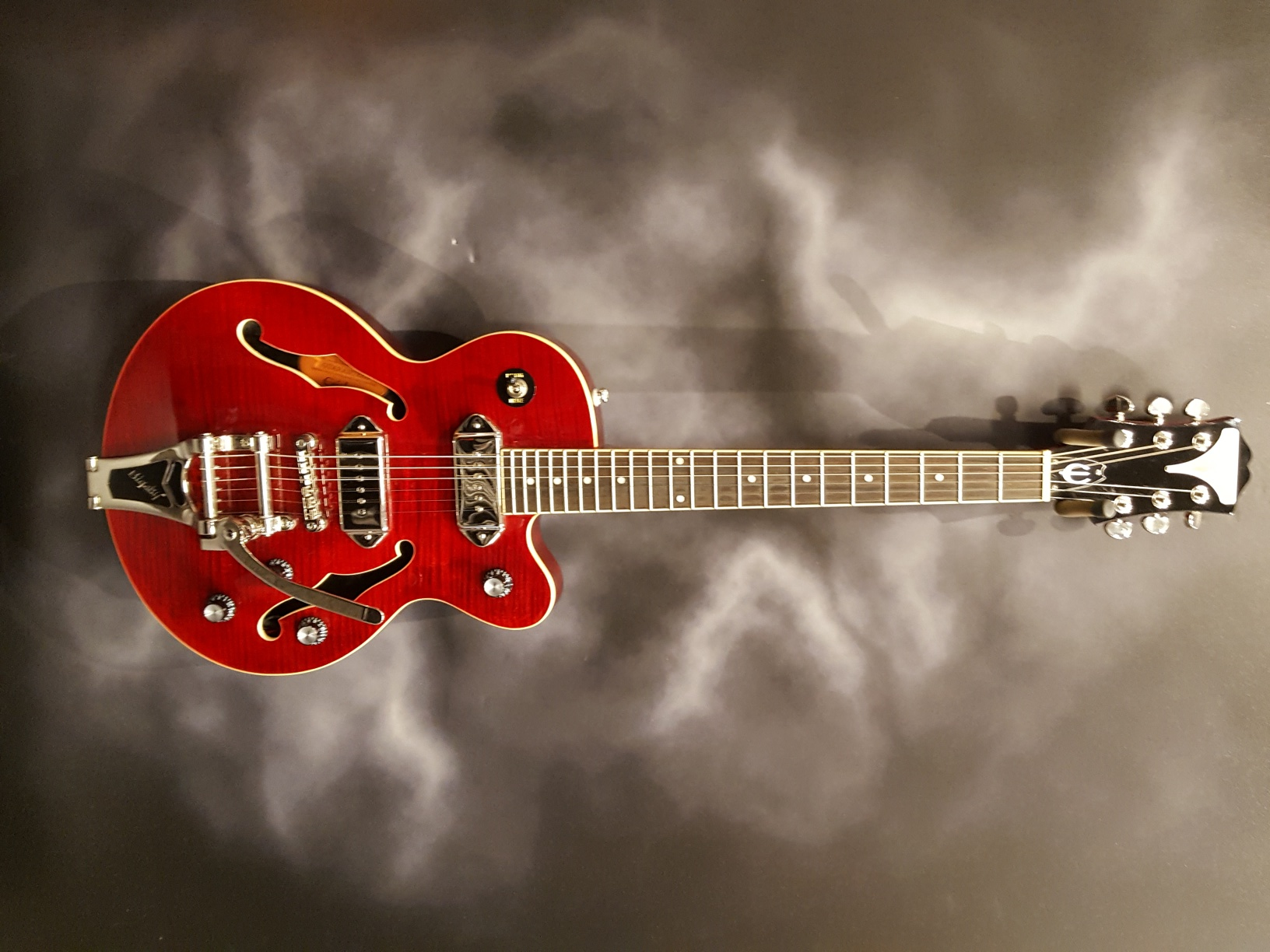 Guitar Of The Day Epiphone - Wild kat