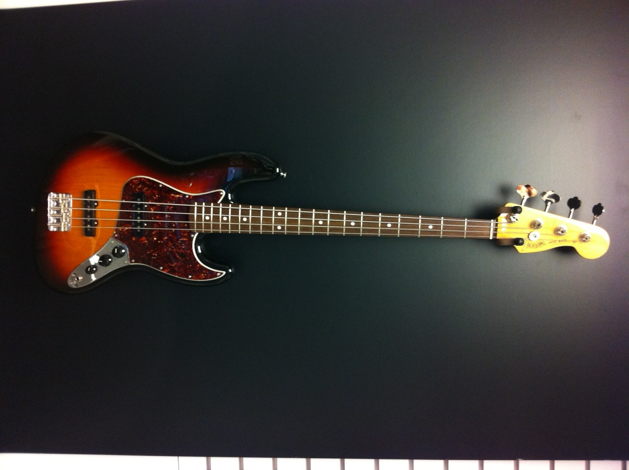 Used Fender MEXICAN JAZZ BASS