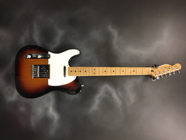 Fender - Mexican Standard