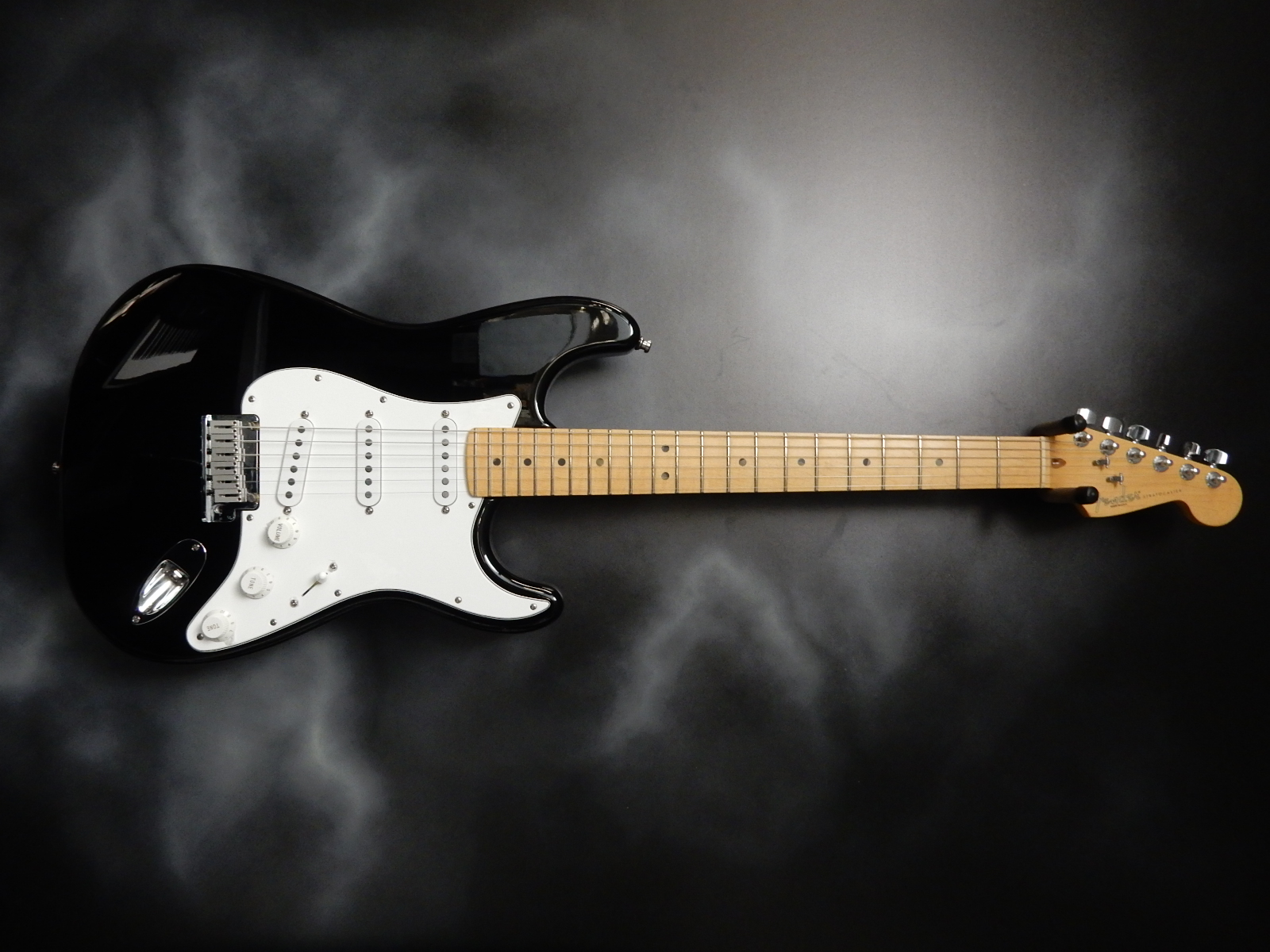 Fender - Am Std Stratocaster