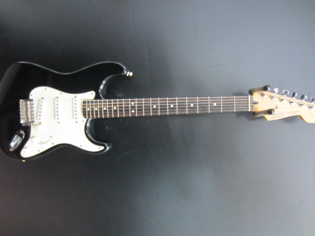 Used Fender Mexican Standard