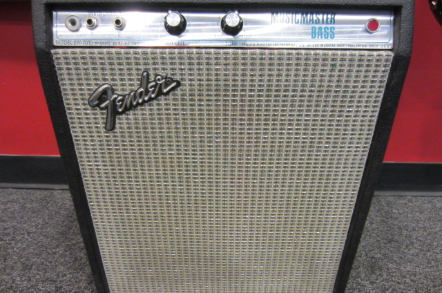 Used Fender Musicmaster Bass Amp