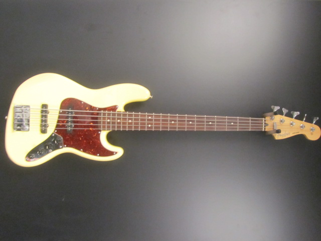 Used Fender Mexican Deluxe Jazz 5