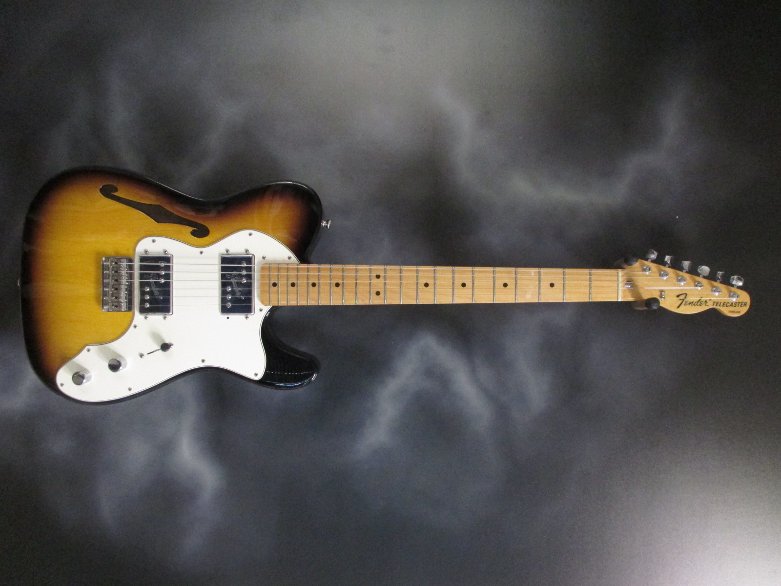 Fender - '72 Telecaster Thinline