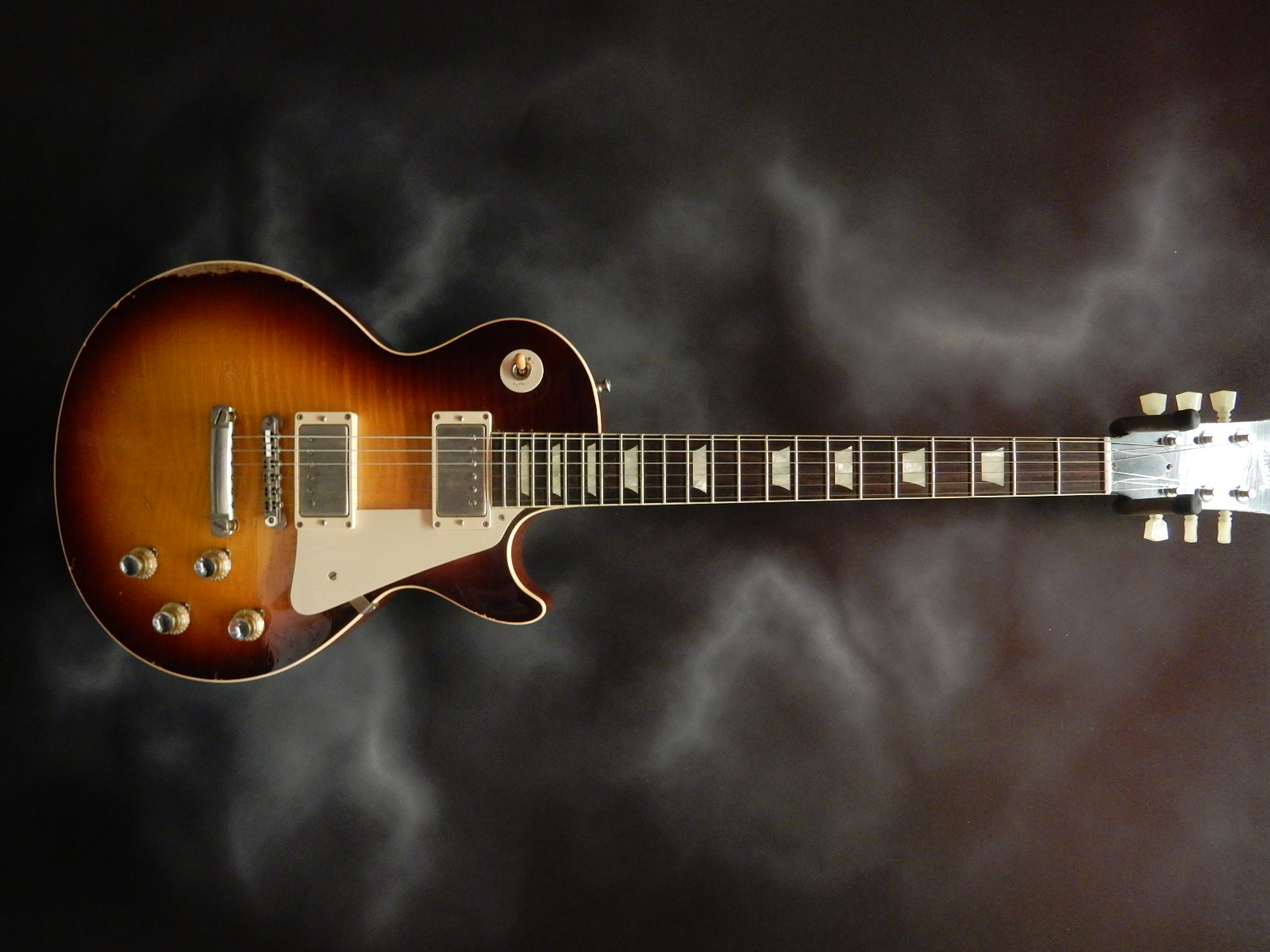 Gibson - 1960 Re-Issue Les Paul Aged w/OHSC