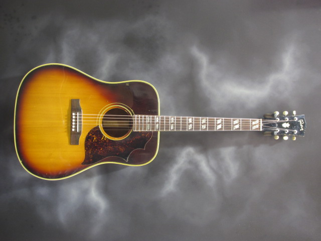 Gibson - Early 60's Southern Jumbo (Square Sholder)