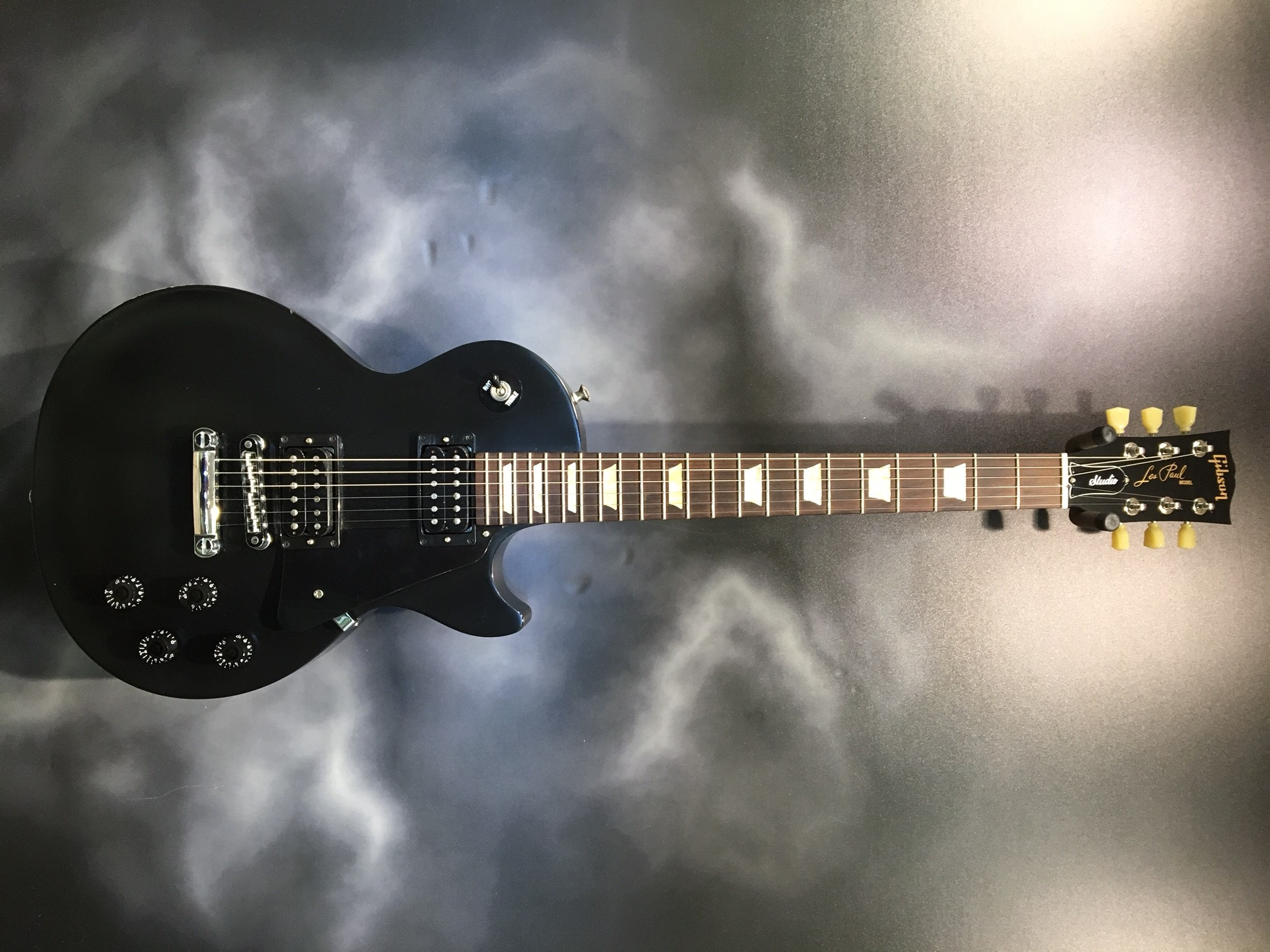 Gibson - Les Paul Studio Satin