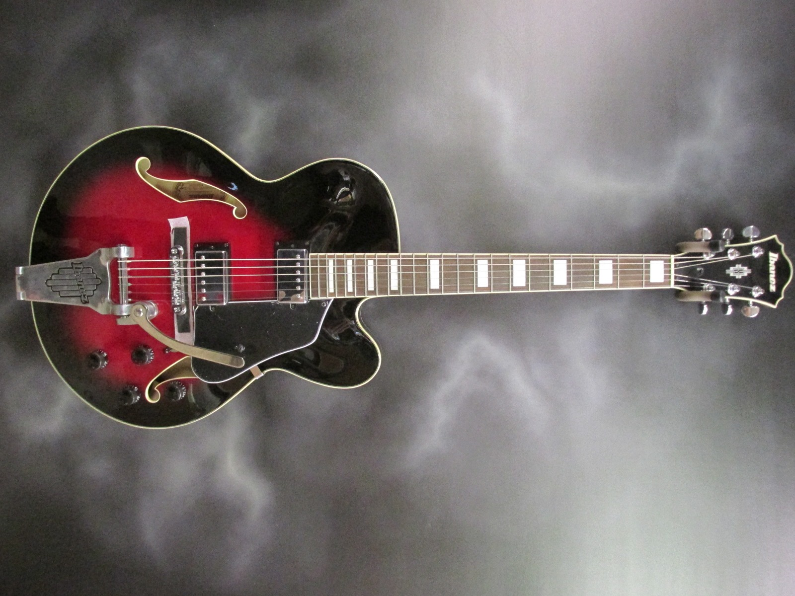 Ibanez - AFS75T