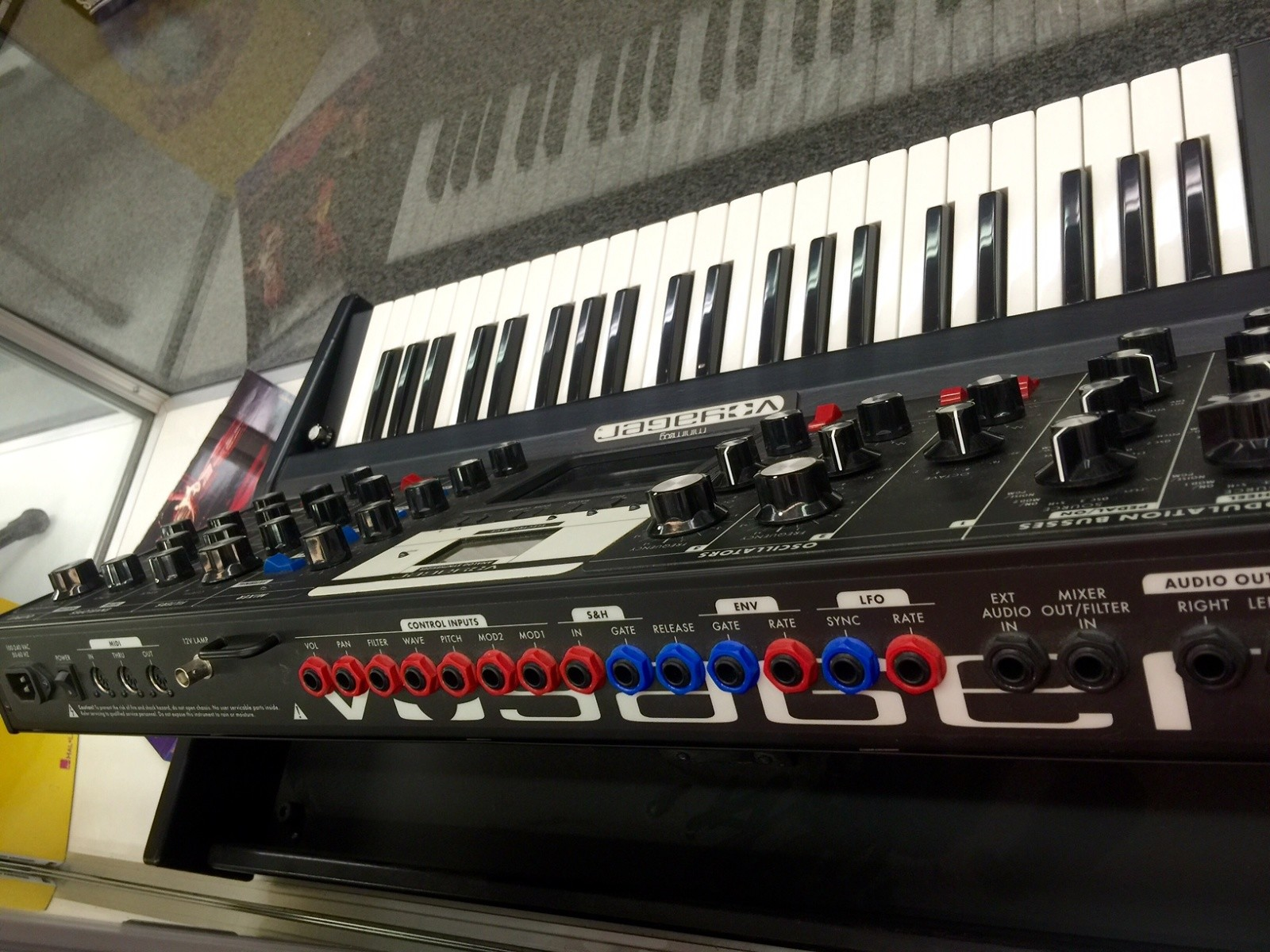 Moog - Minimoog Voyager Electric Blue Edition