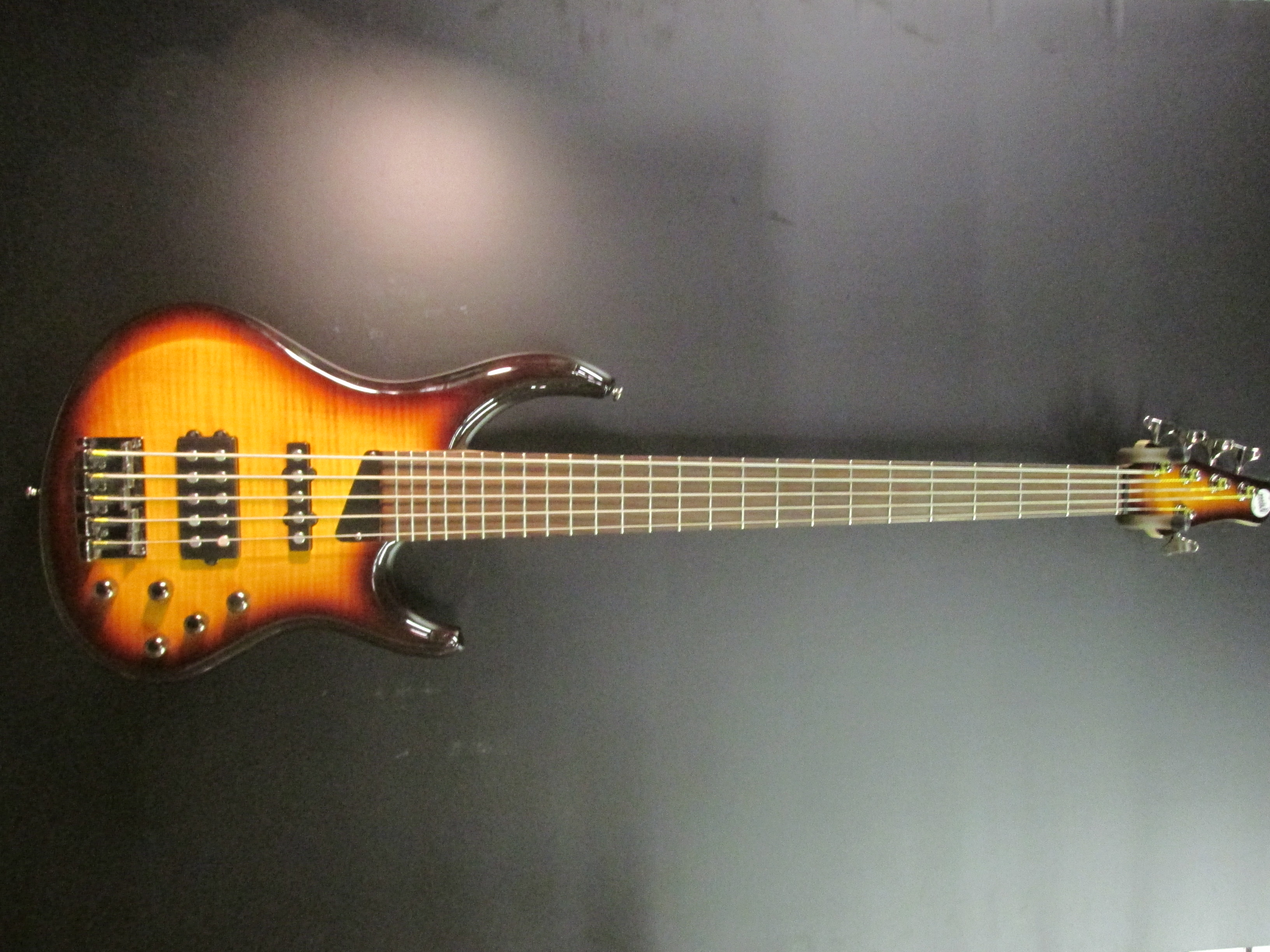 Used MTD Kingston Heir 5