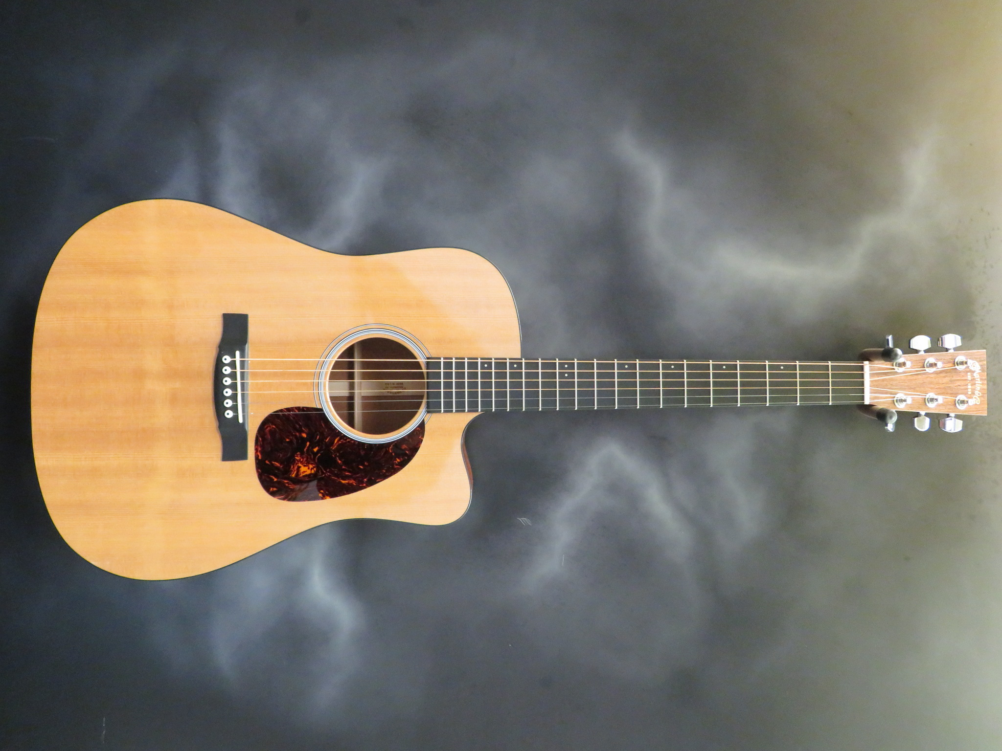 CF Martin - DCPA4 Performing Artist Series Acoustic-Electric G