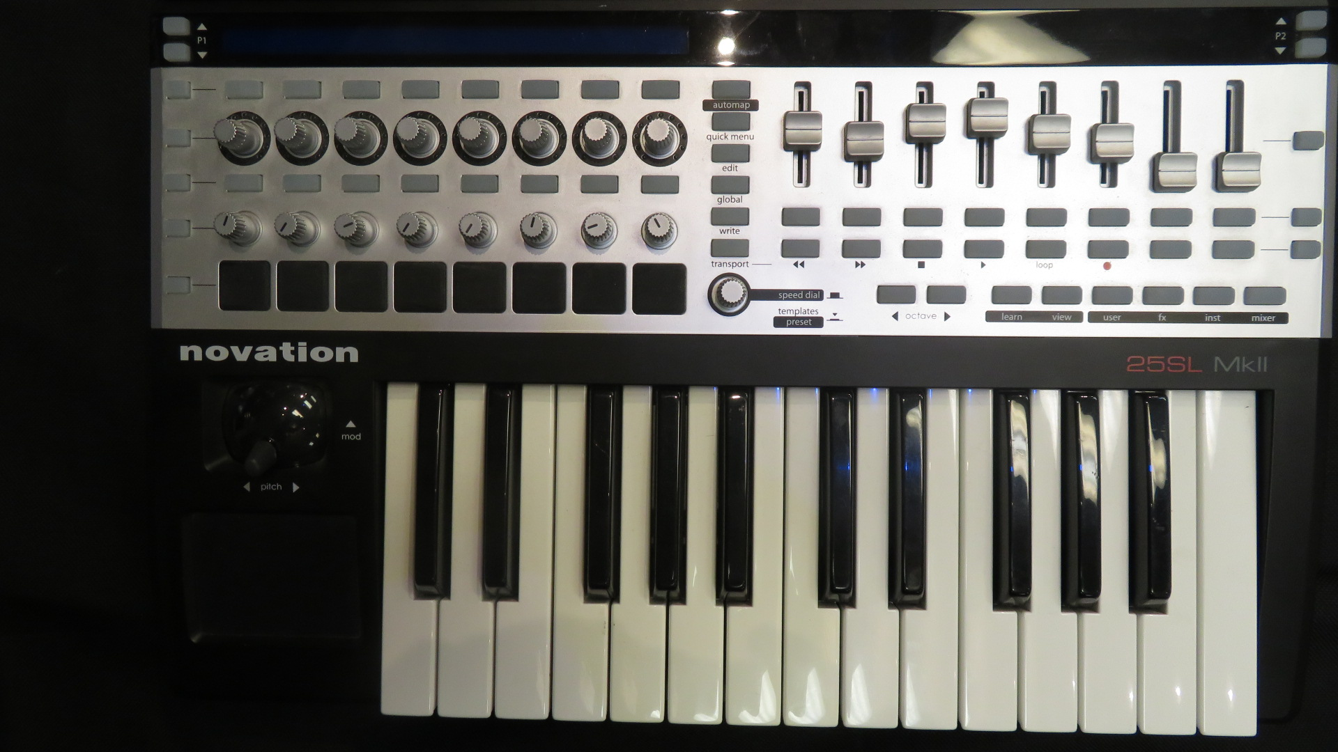 Novation - 25SL MKII