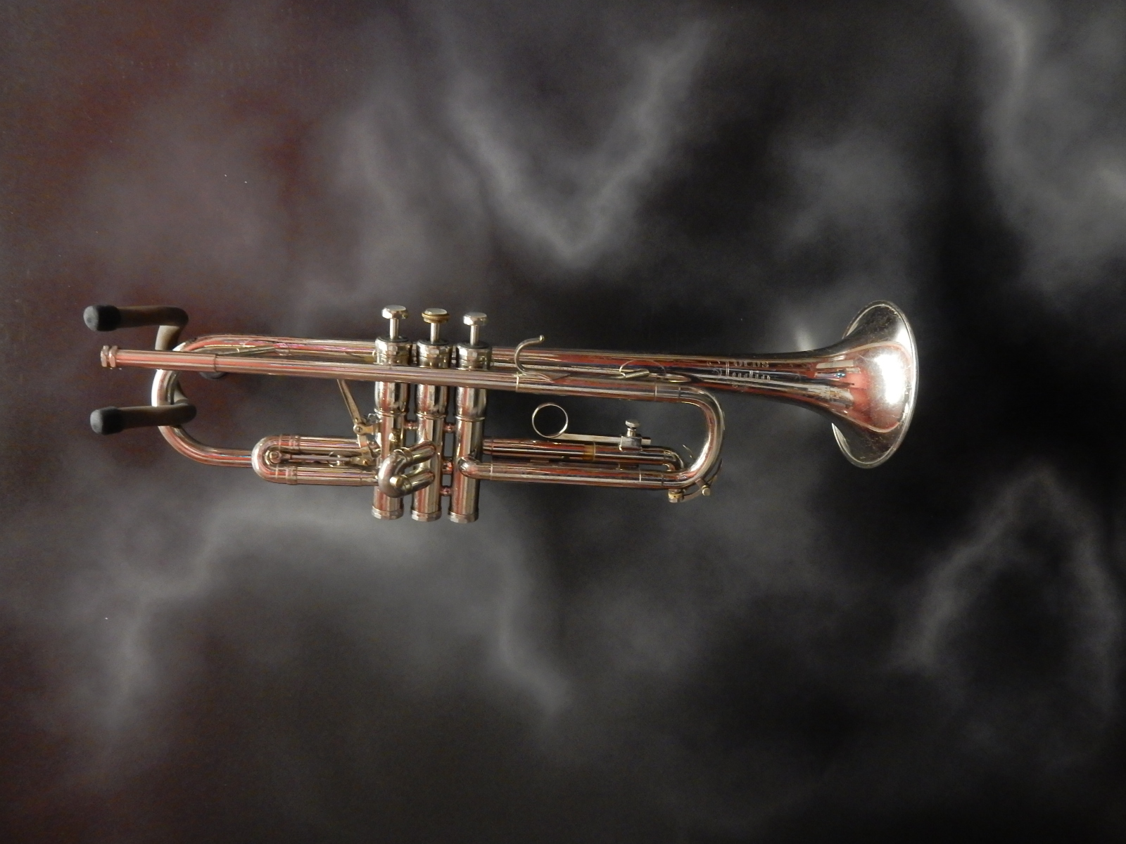 Olds - Studio Trumpet w/case and mouthpice
