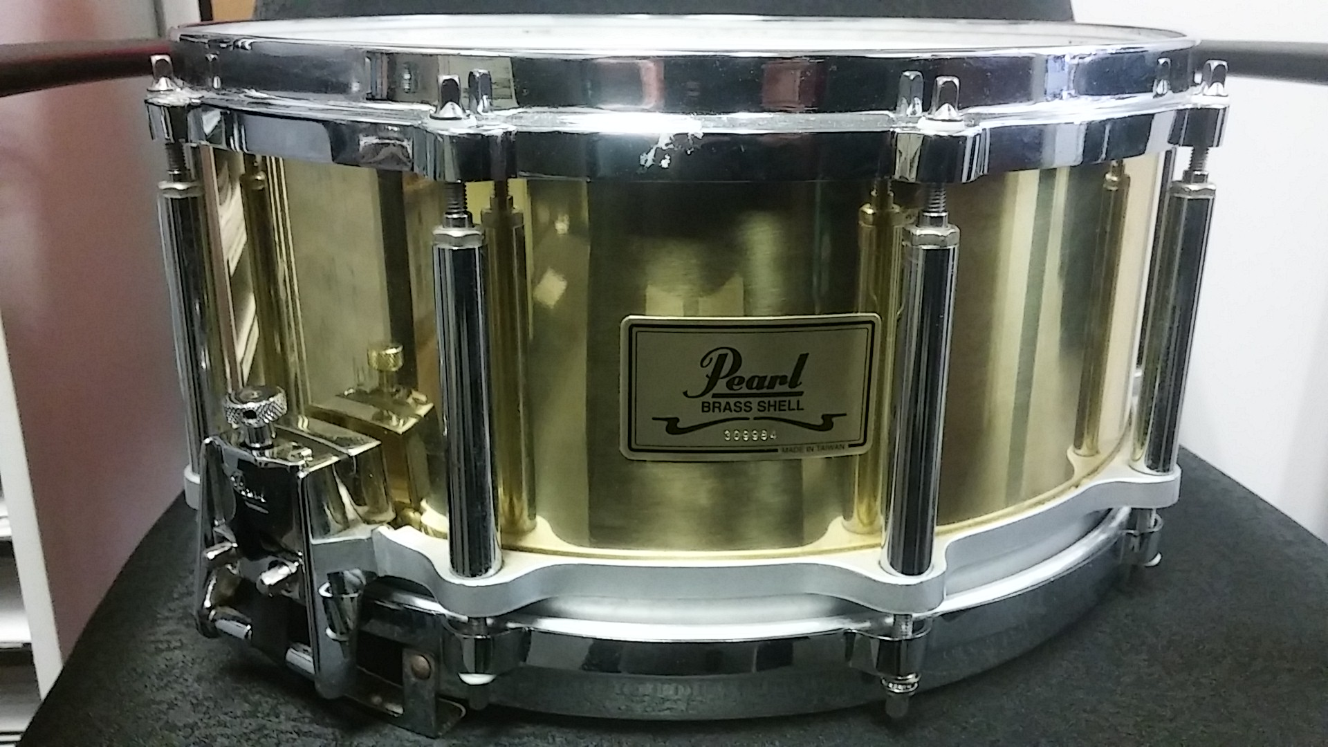 Pearl - Free-Floating 6.5x14 brass