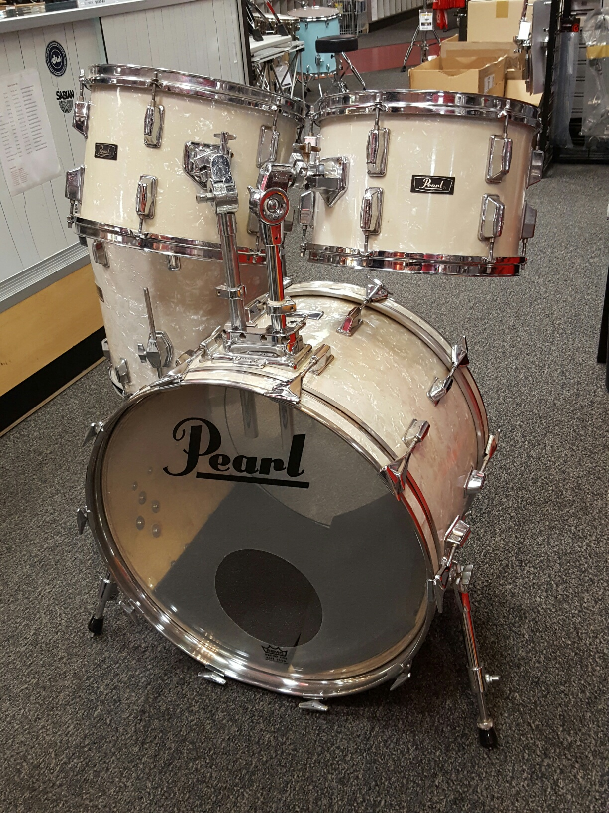 Pearl - 1992 WLX 4 Pc. Maple Shellpack w/ Cases