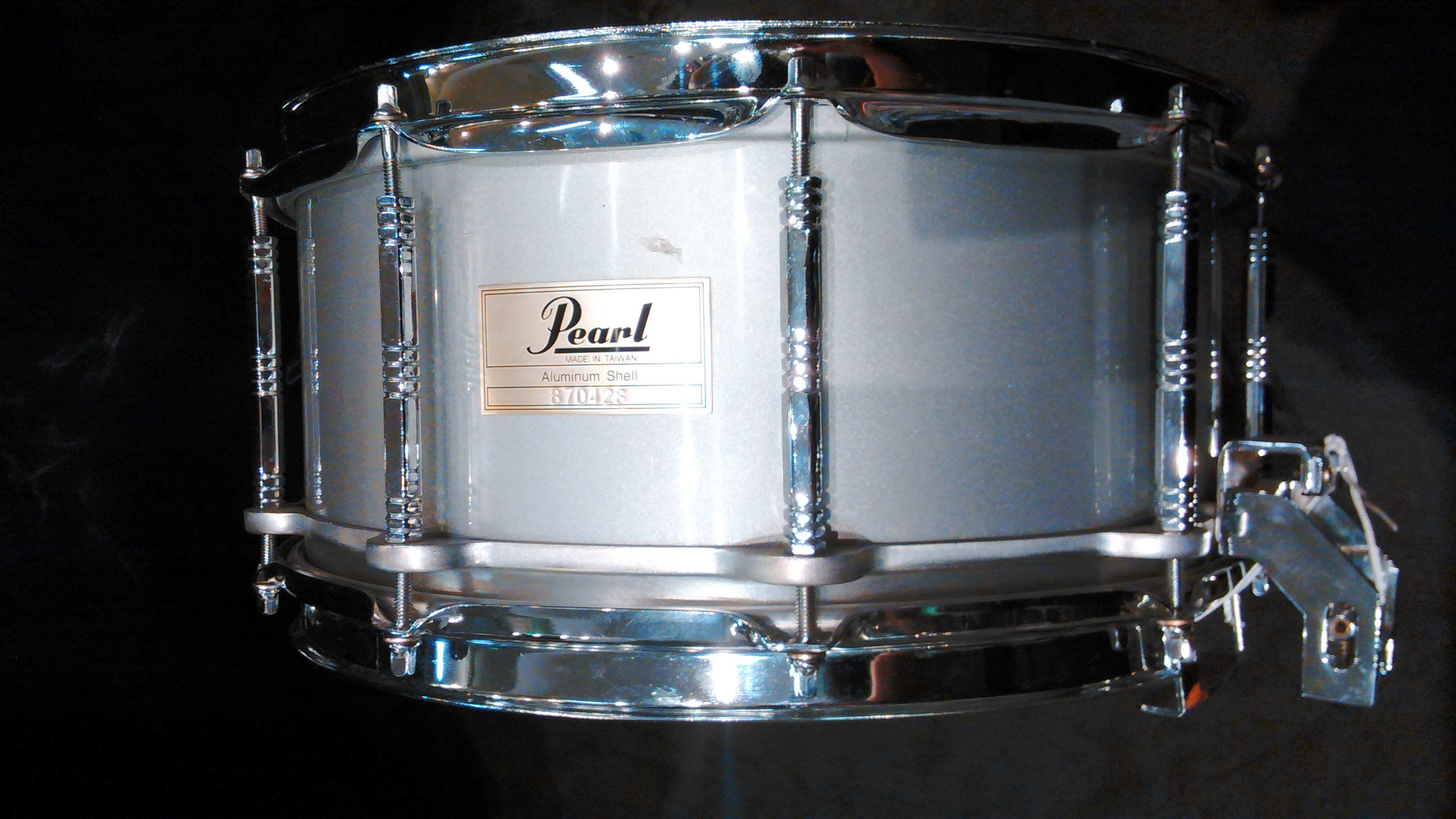 Pearl - 6.5x14 80's Aluminum Free Floating Snare