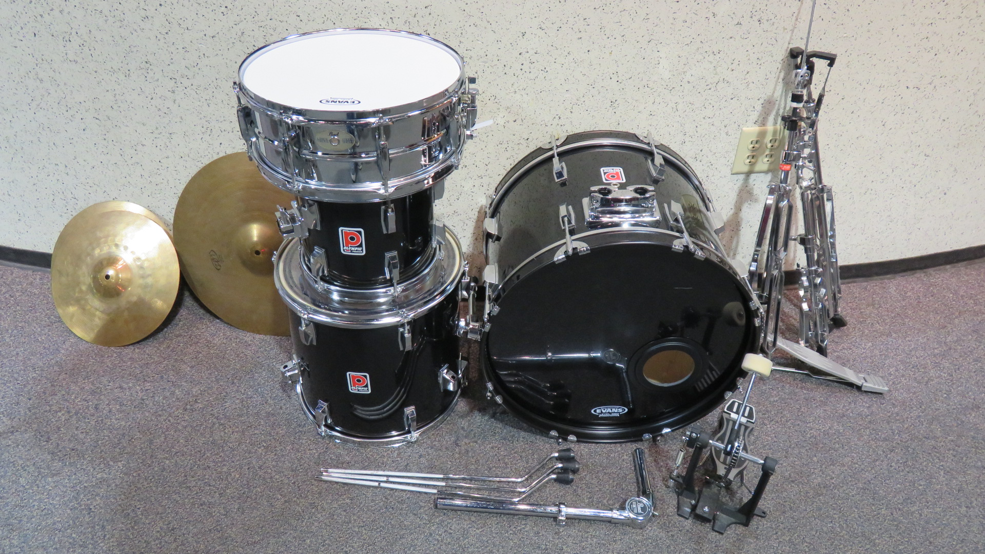 Premier - Olympic 4 Piece Drumkit with Cymbals and Stands