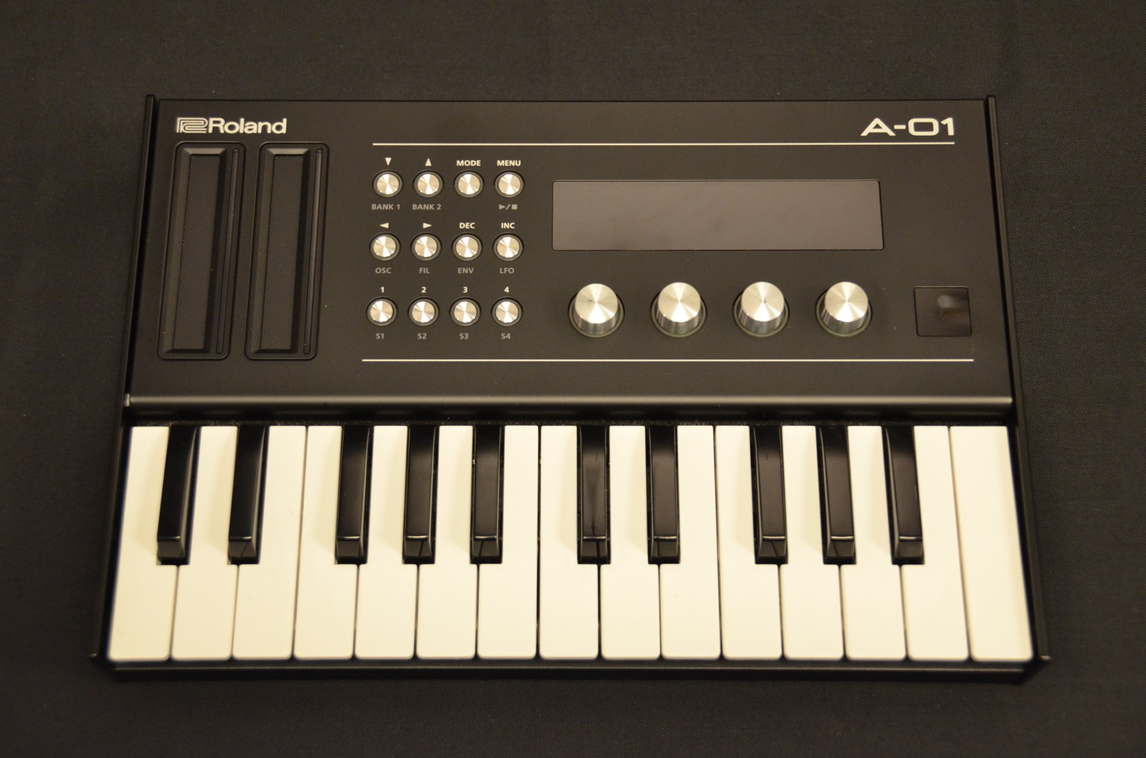Roland - A01/K25M Synth