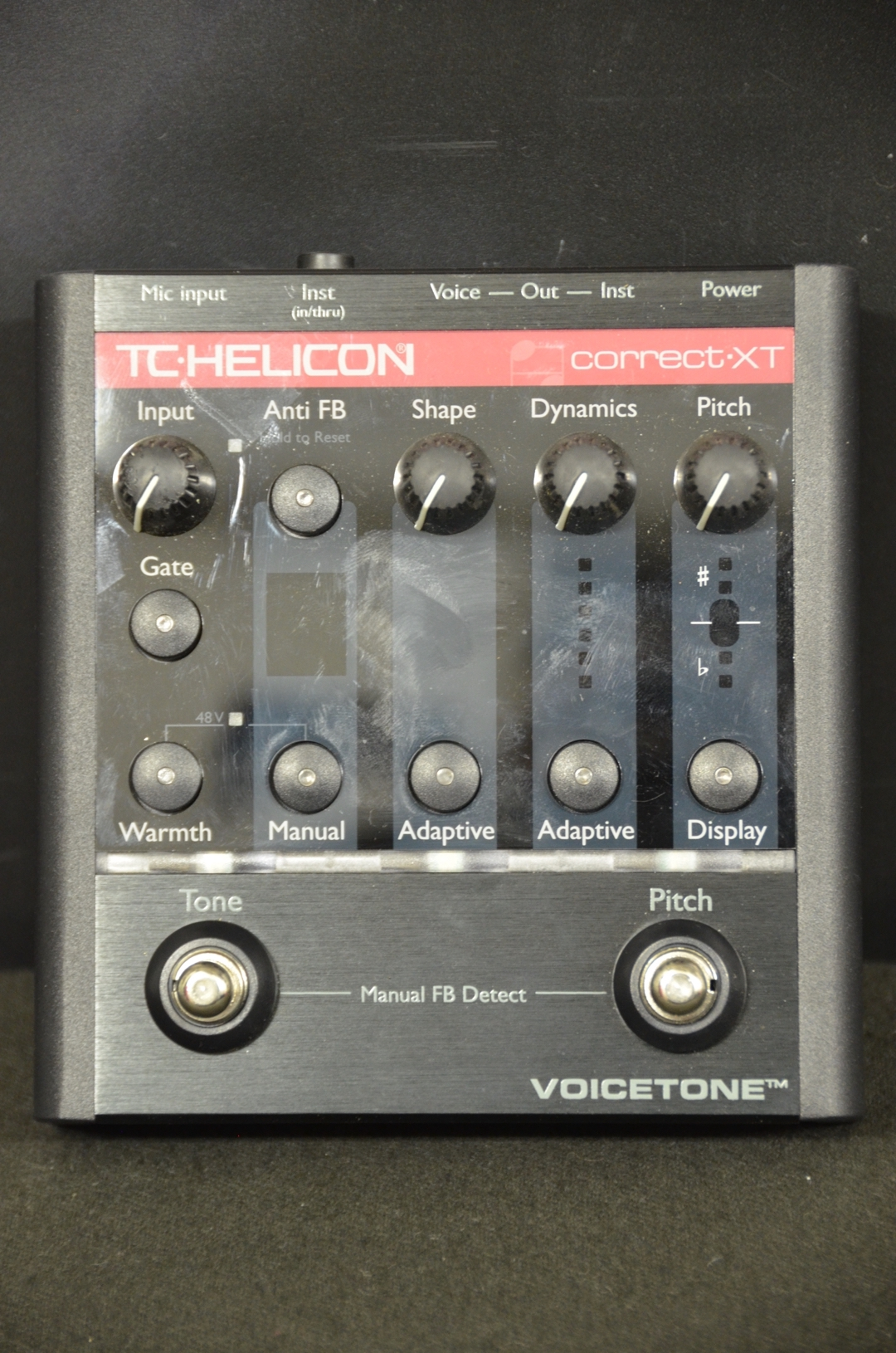 T.C. Helicon - Voicetone Pitch Correction Pedal