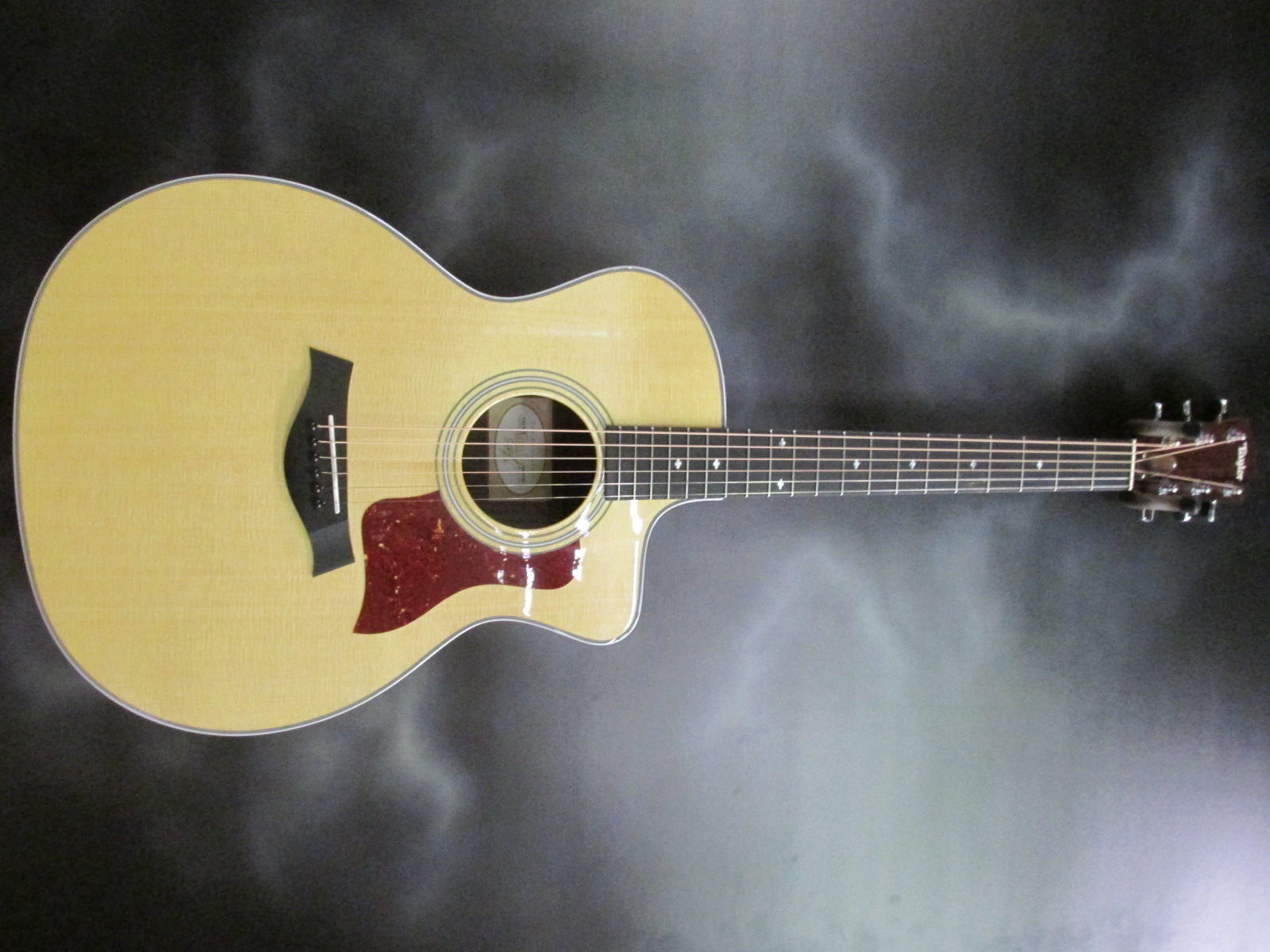 Taylor - 214 CE Deluxe