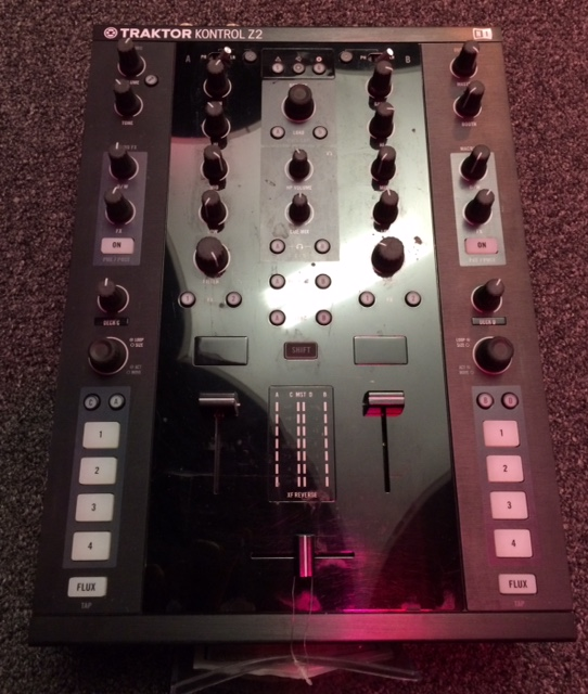 Native Instruments - Kontrol Z2