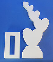 STAND-UP CENTERPIECE:  STEPPING HEARTS (20in Tall) QTY