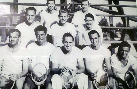 U-AZ-1945TennisTeam