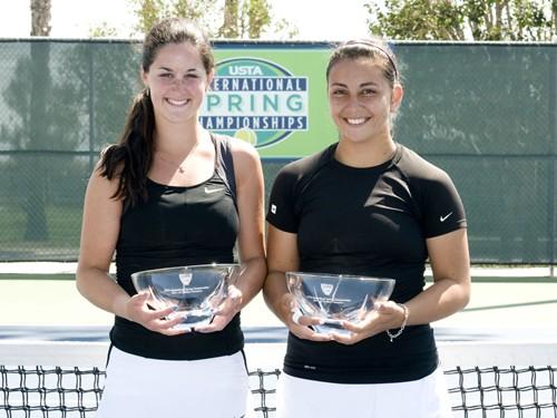Trophy Girls 18 doubles 024