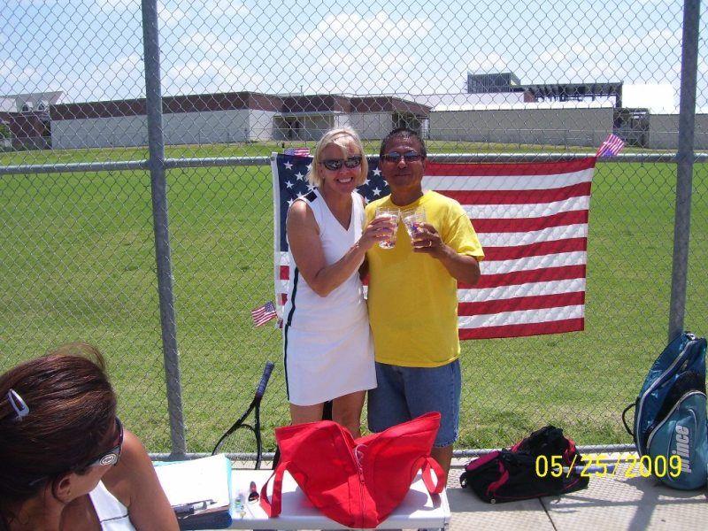 Memorial Day Mixer 2009 - Sue and Jose