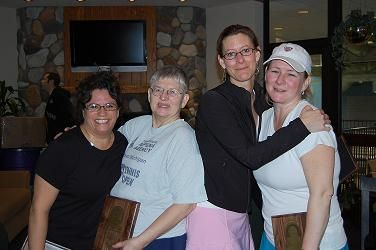 2009 The Bob 8.5 Womens on left Finalists Diane Gillespie & Ruth Smith on Right Champions Jennifer Gerling & Tina Blackman