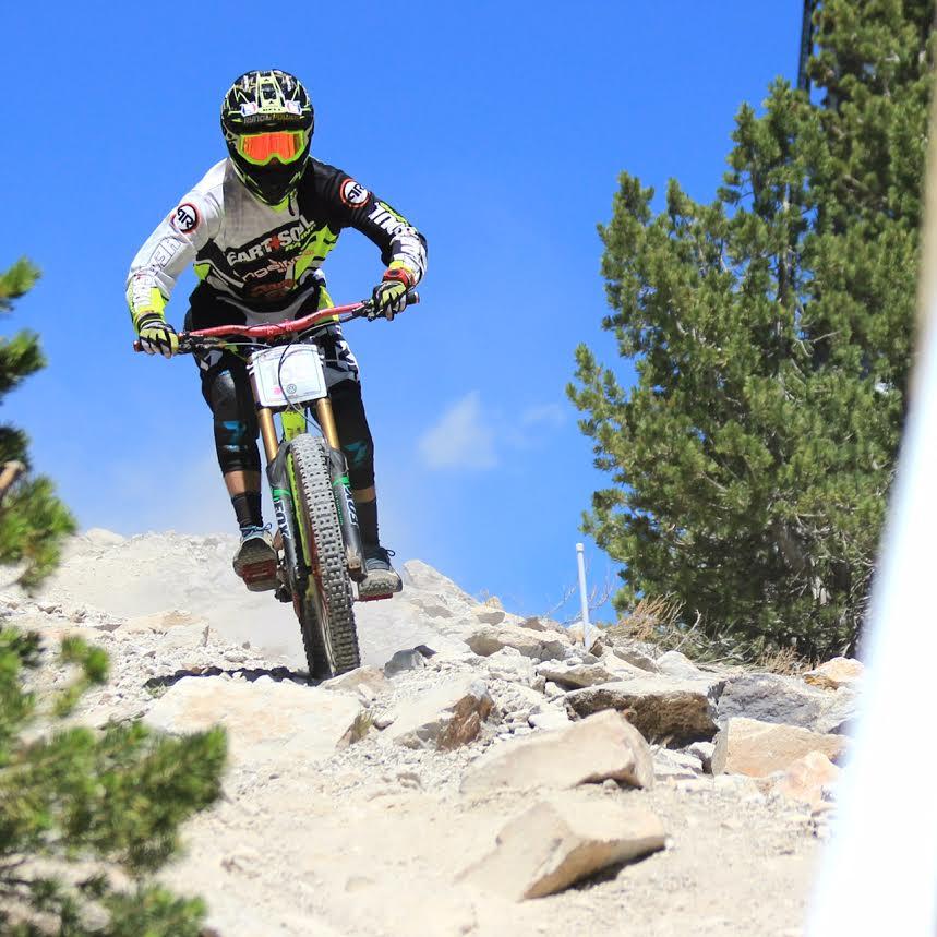 Suppler_on_bike_(2)
