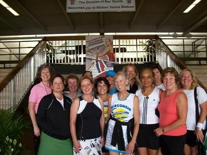 3.5 Senior Women GML - LeClub, Deborah Bachun, Captain (2009)
