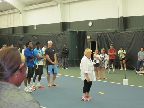 Linda Goodman Introducting players