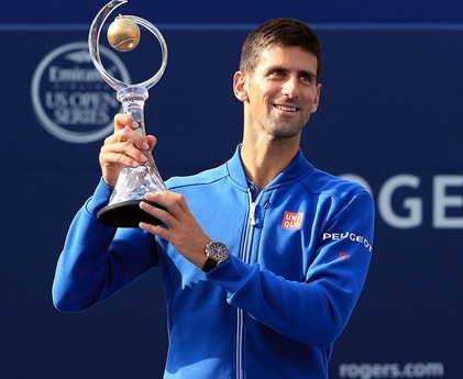 djokovic_-_2016_toronto_day_7_trophy_-_1190_x_951