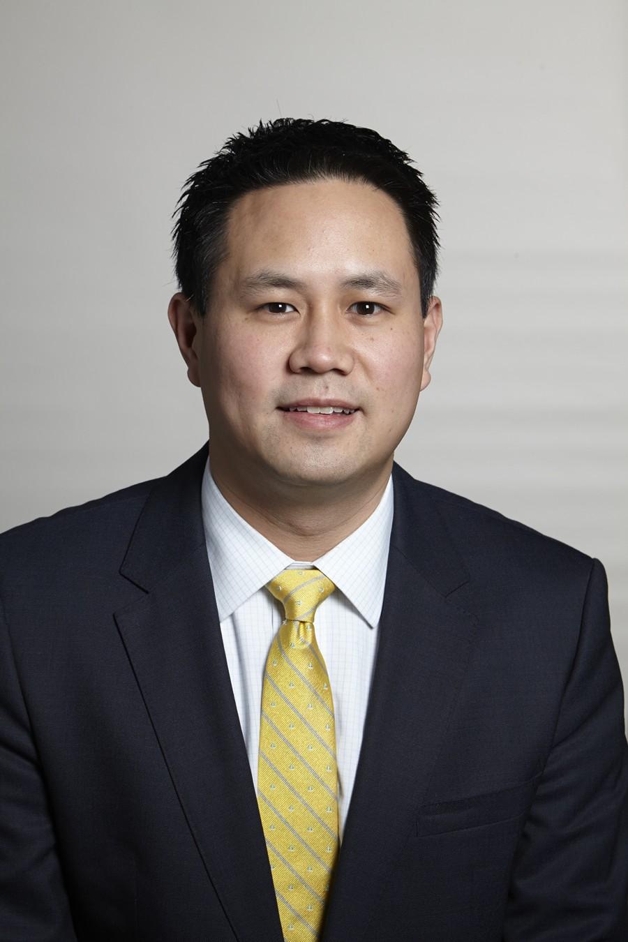 Dr. Darwin Chen