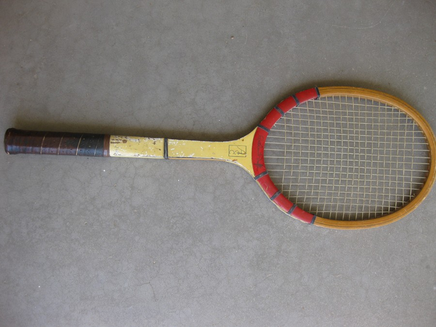 Dufton_racket_001