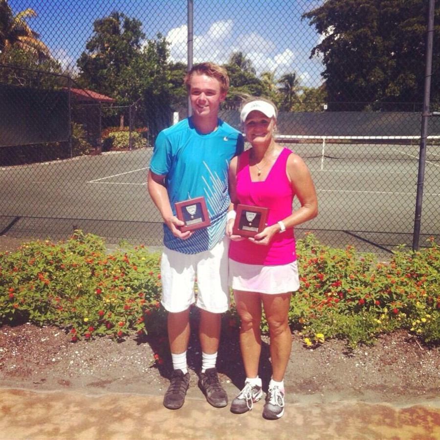 MotherSonClayCourt13Winners-JamesPamPonwith