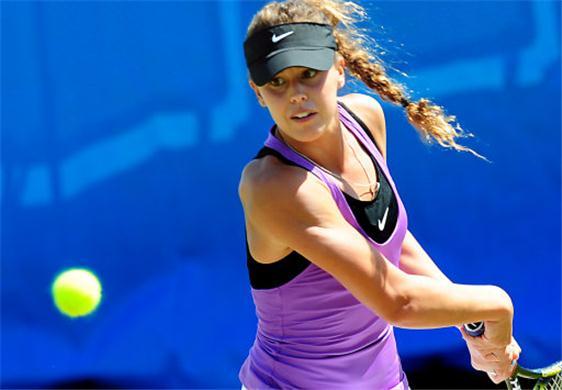 Michelle-Larcher-De-Brito-outfoxes-Mirjana-Lucic-in-opening-round-Citi-Open-2012-175951