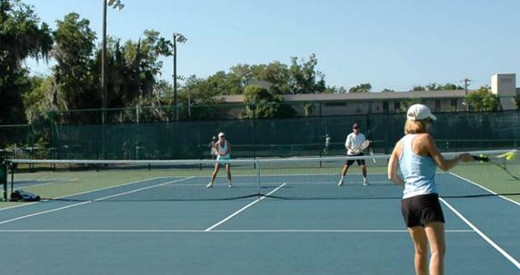 Florida tennis briefs 3 orange bowl champs h s coaches clinic more community tennis for Winter garden recreation center
